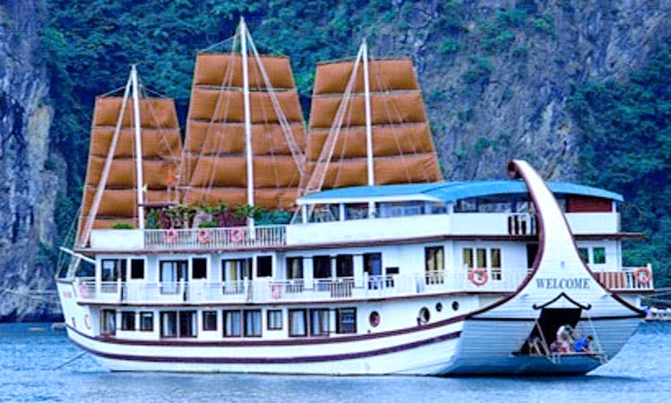 Experience A Luxury Of Gray Line Cruise In Halong Bay, Vietnam