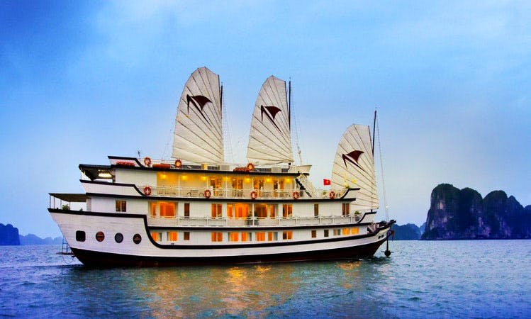 Enjoy unforgettable Signature Halong Cruise for 2 Days And 1 Night!