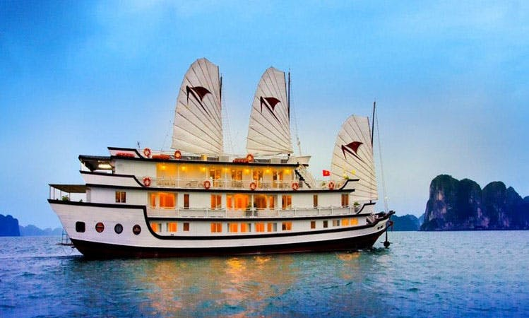 Magnificent Cruise Houseboat in Hanoi, Vietnam for 30 Person