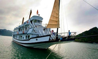 The Glory Legend Cruises in Hanoi