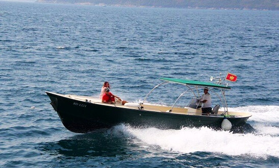 Boat Relax Center Console Rental In Herceg - Novi