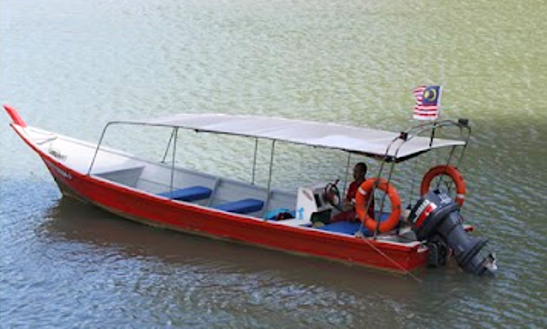 Charter A 12 Person Center Console In Langkawi, Malaysia