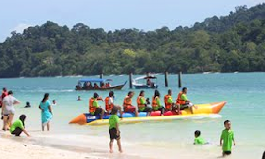 Amazing 7 People Banana Boat Rides In Langkawi, Malaysia