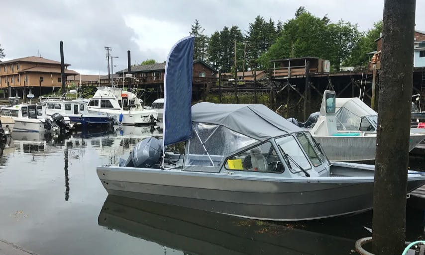 Enjoy Fishing on Fully Outfitted 18' Kingfisher With Canopy In Klawock, Alaska