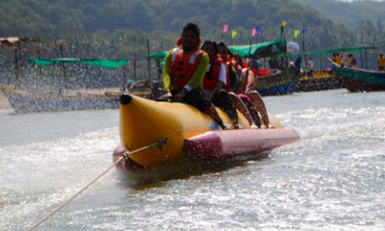 Enjoy Banana Boat Rides In Devbag, Maharashtra