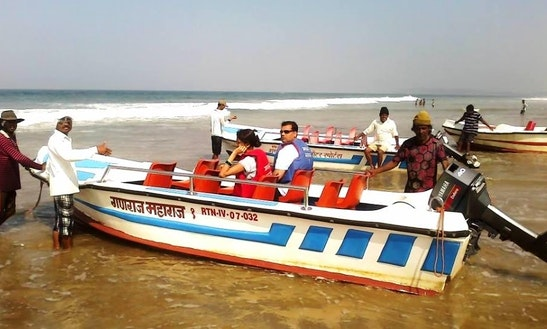 Charter An 8 Person Dinghy In Ganpati Pule, India