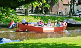 Smidtje canal cruises Bavo (open boat) in Haarlem