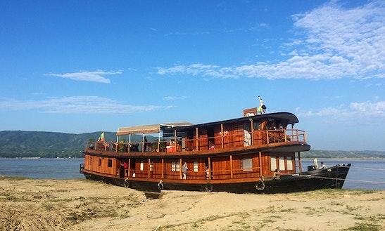 Charter Rv Innwa Motor Yacht In Mandalay, Myanmar (burma)