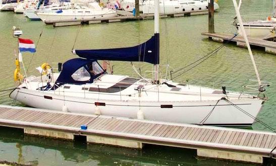 Charter Oceanis 430 Crusing Monohull In Medemblik, Netherlands