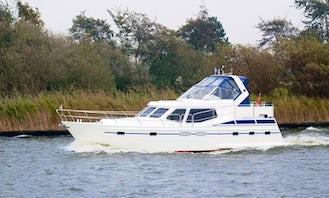 """Charter Pasadena 1220 """"Fortuna"""" in Lemmer, Netherlands"""