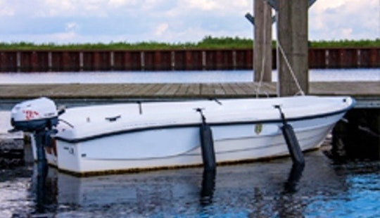 'topcraft Basic' Boat Hire In Huizen