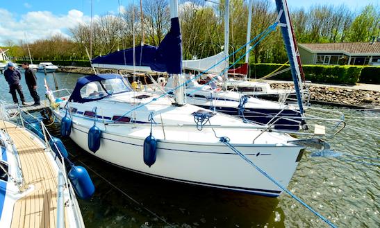 Charter 31' Stern Cruising Monohull In Workum, Netherlands