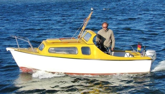 Rent The 17' Baltica Ii Motorboat In Fehmarn