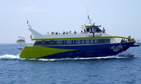 77ft Safari V Passenger Boat Rental In Roses, Spain