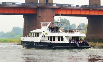 "85' Motor Yacht ""Perlas"" Trips in Ringaudai, Lithuania"