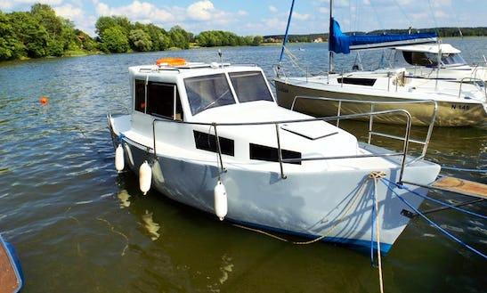 Rent 20' Albatros Motor Yacht In Kolonia Rybacka, Poland