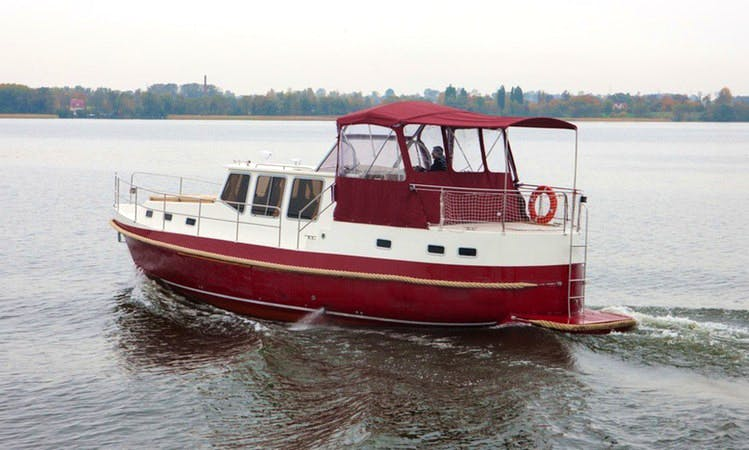 Nautiner 40 AC Boat Chater in Giżycko