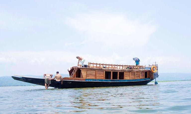 Charter Rupaboi Houseboat for Migratory bird watching