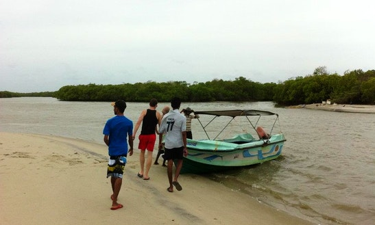 Island Hopping In Sri Lanka Onboard A Private Boat For 6 People!