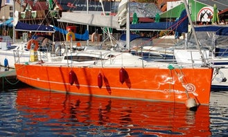 """""""Cobra 33"""" Cruising Monohull Charter in Giżycko"""