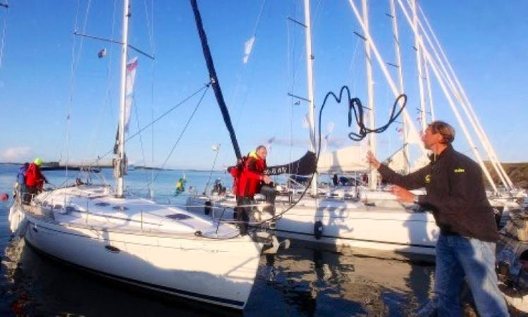 Sailing in Sweden on a 2005 Bavaria 46 Cruiser