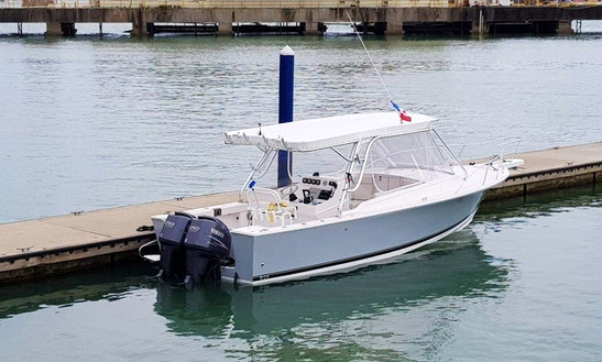 Blackfin 27' Cuddy Cabin - Walk Around In Panamá