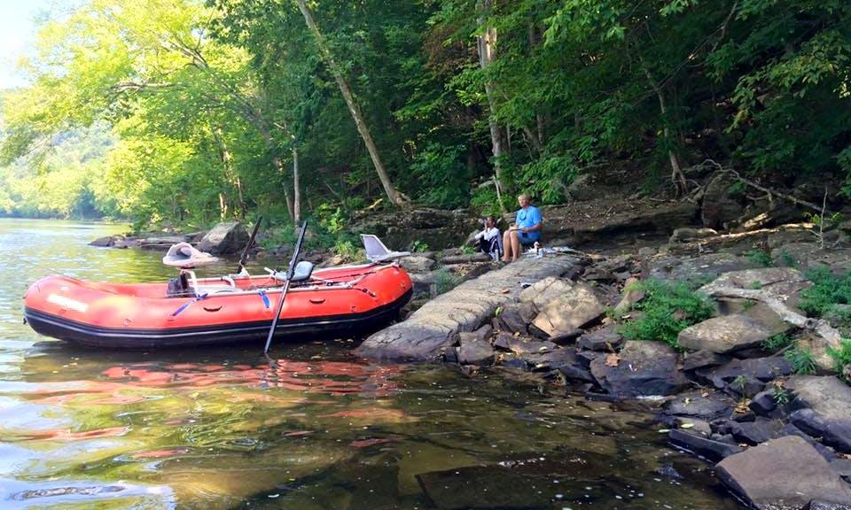 Enjoy Fishing On Raft Boat In Narrows, Virginia
