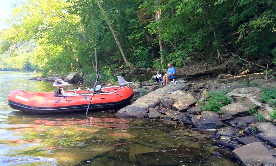 Enjoy Fishing On Raft Boat In Narrows, Virginia