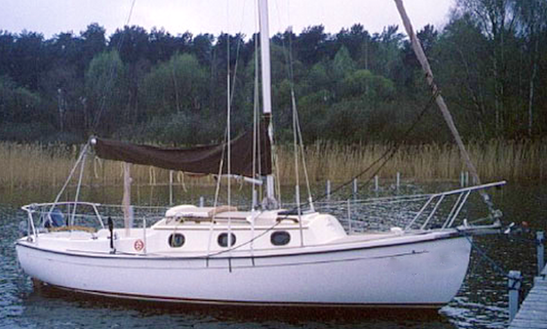 24' Cruising Monohull Charter In Klink, Germany