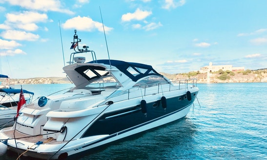 16m Motor Yacht In Mahon - Refit 2018