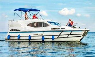 Haines 1070 Motor Yacht Charter in Rechlin