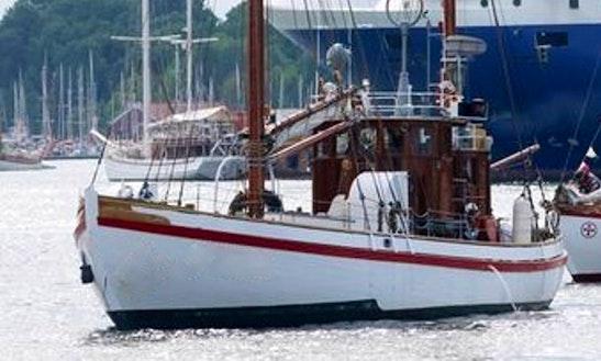 R/s Idun Schooner Charter In Oslo, Norway