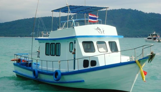 Enjoy Fishing, Island Hopping On This Budget Thai Cruiser Charters In Phuket, Thailand