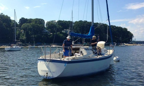 30' Sloop Sailboat In Jersey City, New Jersey United States
