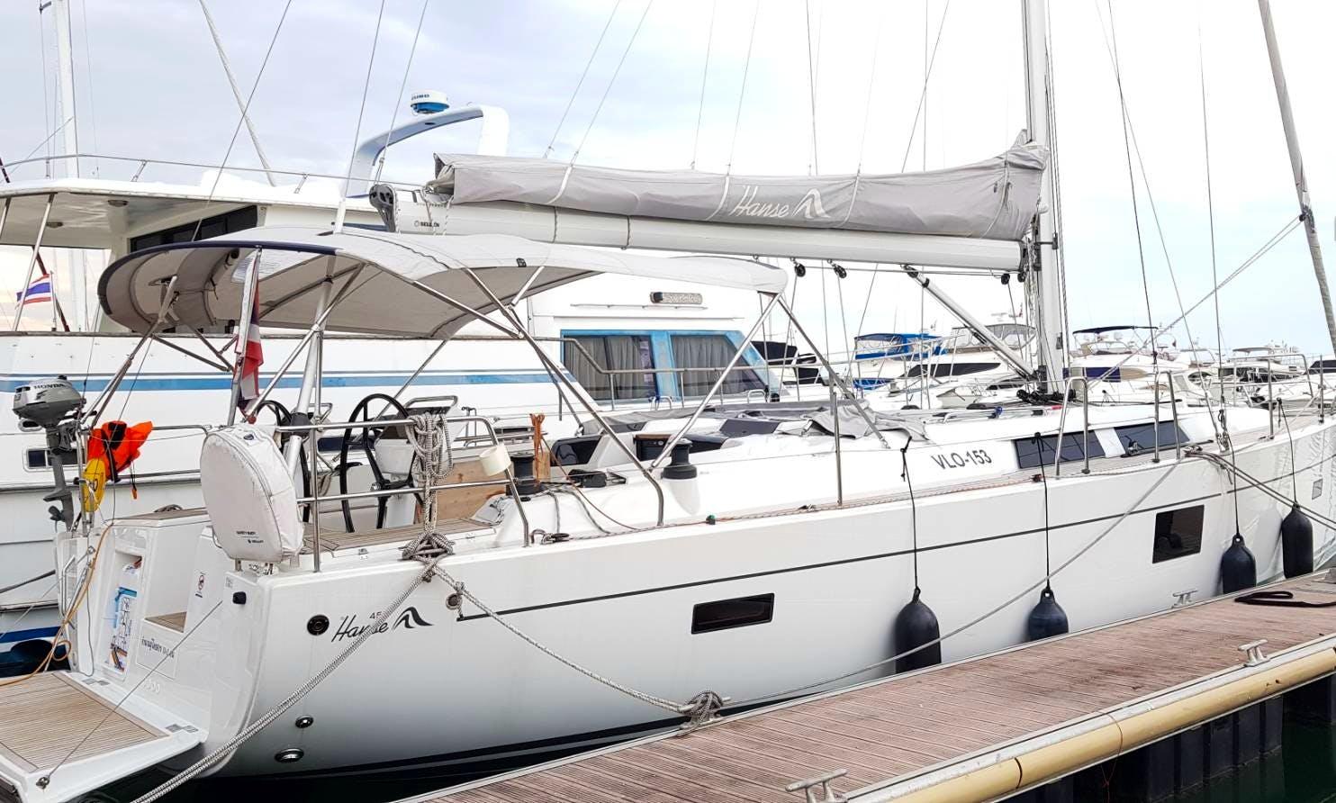 Sailing Yacht for Charter Hanse 455 in Pattaya