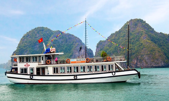 5 Hour Cruising On Halong Bay - Vietnam With We Go Halong.com