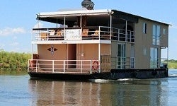 Memorable Houseboat Experience in Shakawe, Botswana