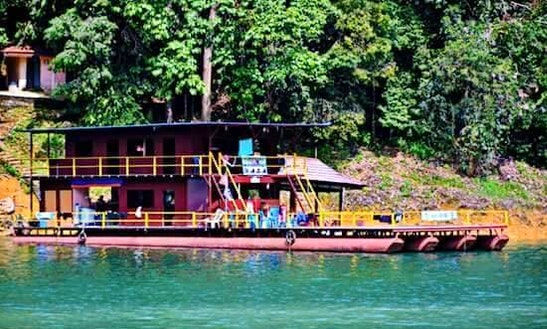 3 Days And 2 Nights Aboard A 25 People Houseboat In Kuala Berang, Malaysia