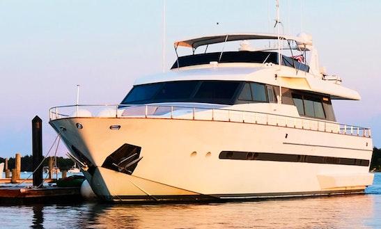 Motor Yacht Charter In Morehead City, North Carolina