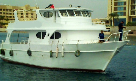 Boat Diving In Aqaba