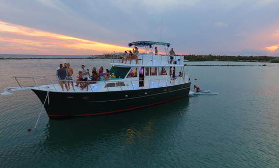 Sunset Cocktail Cruise Including Open Bar