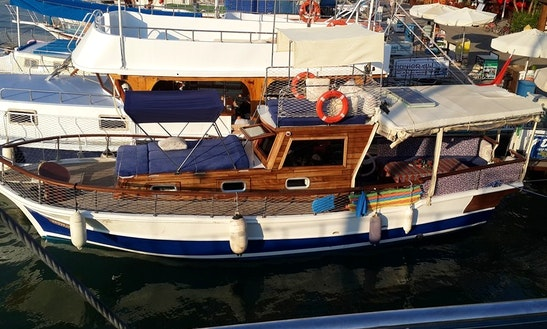 Charter A Motor Yacht In Muğla, Turkey