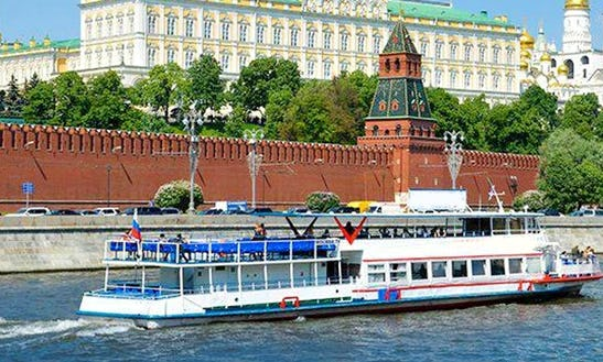 Charter 88' Passenger Boat In Moscow, Russia