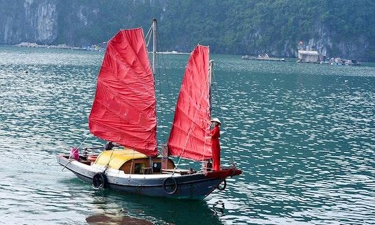 Charter A Traditional Boat In Thành Phố Hạ Long, Vietnam