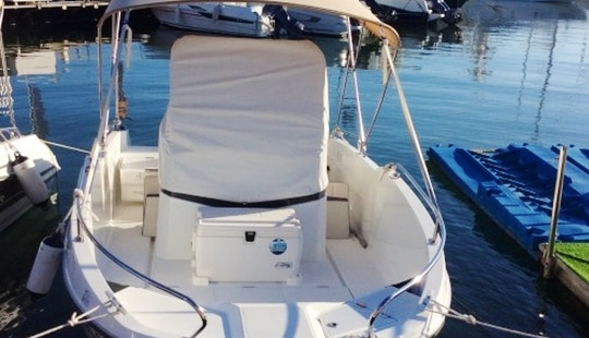 Rent The Beneteau Flyer 5.5 Spacedeck In Cambrils, Cataluña