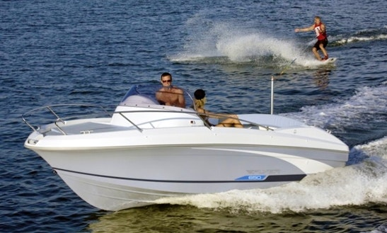 Rent Beneteau Flyer 650 Sd Powerboat In Torroella De Montgrí