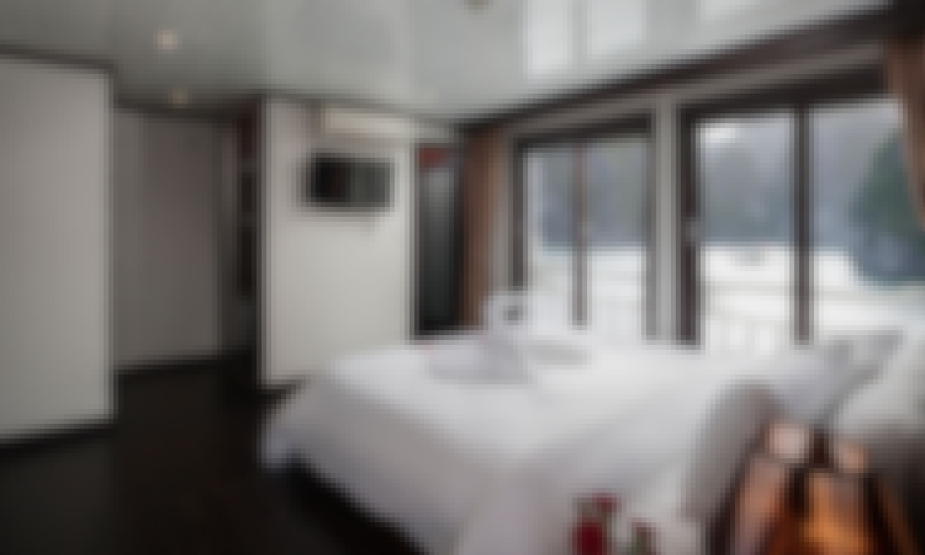 Romantic Honeymoon Suite in Halong Bay