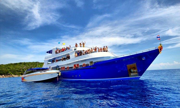 Motor Yacht for Scuba Diving in Phang nga