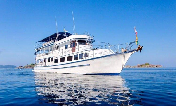 """Dive Boat """"M/V Camic"""" in Phangnga"""