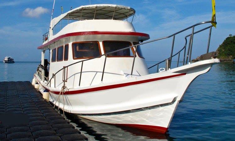 """Dive Boat """"MV Moskito"""" in Tambon Ko Lanta Noi"""